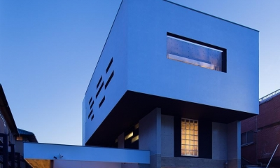 Y9-house 「空中の造形」