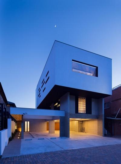 外観 (Y9-house 「空中の造形」)