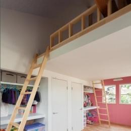 ORANGE HAUS (ロフトのある子供部屋)