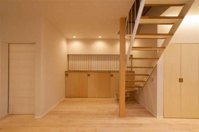 春日丘の家リノベーション (階段01)