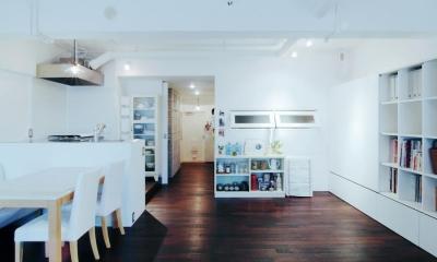 LINDEN-築26年ショップのような住居兼仕事場 (リビング)