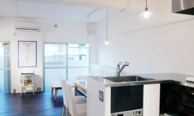 LINDEN-築26年ショップのような住居兼仕事場 (キッチン)
