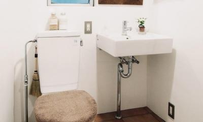 LINDEN-築26年ショップのような住居兼仕事場 (トイレ)