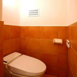 宝松苑 (落ち着いた雰囲気のトイレ)