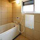宝松苑の写真 明るいバスルーム