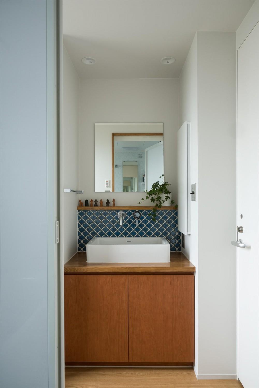 たまプラーザのリノベーション(横浜市青葉区) (洗面室)