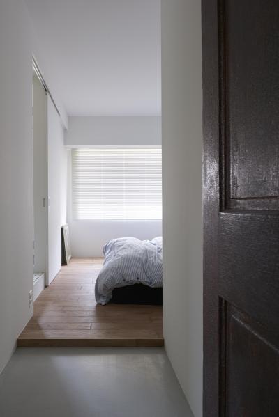 ベッドルーム (K邸-そしてタイルは「SUBWAY CERAMICS」)