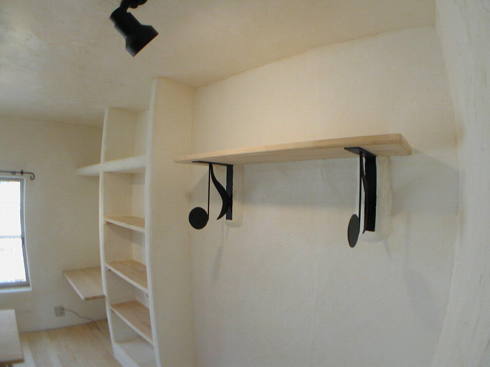 リビングダイニング事例:ダイニングにあるおしゃれな棚(渦森台18号その1 409号室 2005年)