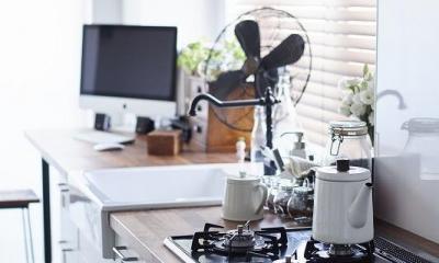 「内側に外をつくる」明確なコンセプトを軸に臨んだ2度目のリノベーション (キッチン)