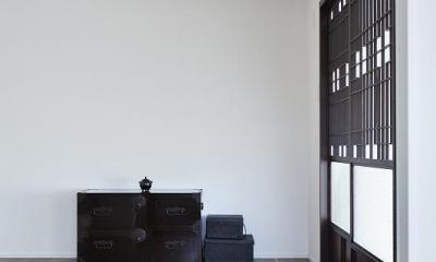 「内側に外をつくる」明確なコンセプトを軸に臨んだ2度目のリノベーション (寝室)