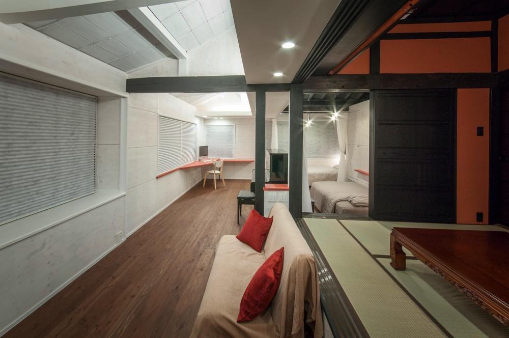 美山のK邸改修 (可動間仕切の一室空間 ( 夜の内観 ))