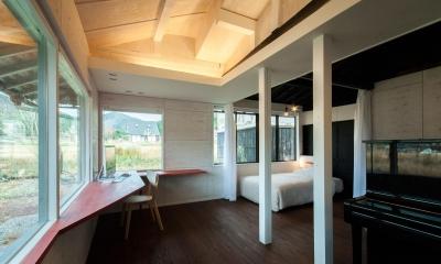 スタディスペース+寝室 ( サッシ廻りOPEN + 間仕切OPEN )|美山のK邸改修