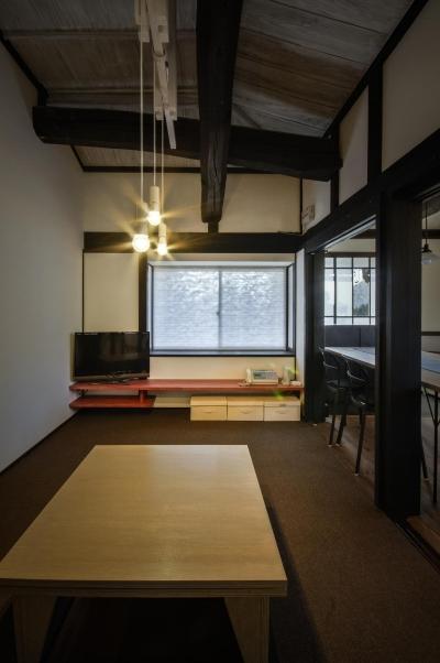美山のK邸改修 (既存大梁のある居間)