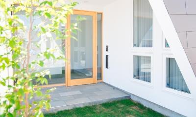 銅町の家 Ⅱ (玄関)