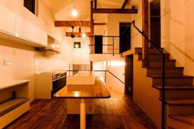 ダイニングキッチン (銅町の家 Ⅱ)