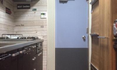 カラーの取り入れ方~ツートンカラーペイント~ (キッチンのドア)