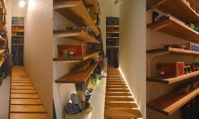 好きなモノを眺める暮らし (Shoes rack)