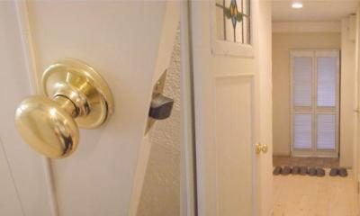 アンティーク家具が似合う部屋 (Order door)