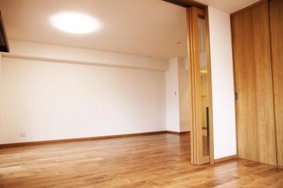 洋室 (引き戸で部屋の間取りが変わる)