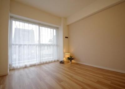 洋室2 (動線や暮らしやすさをしっかりと考えた快適な住まい)