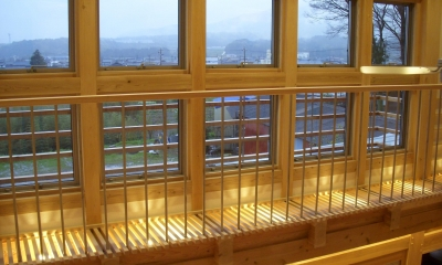 窓|ヨコの家