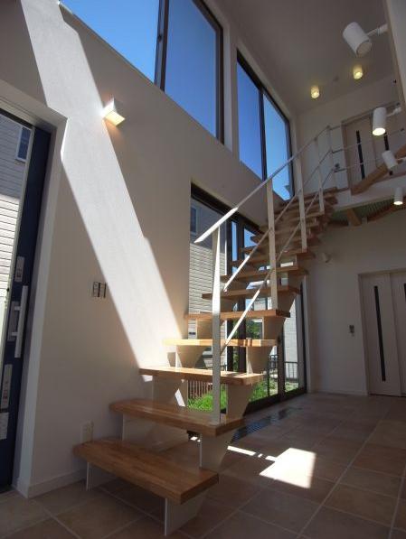 MIMEはうすの部屋 開放的なオープン型階段