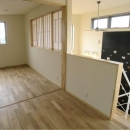 zekkeiハウスの写真 2階は開放できる間仕切りで構成された子供室