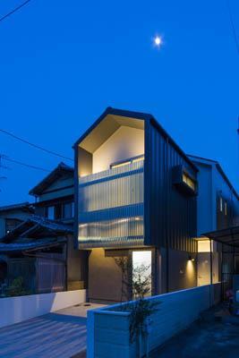 御陵谷の住宅の部屋 外観-ライトアップ