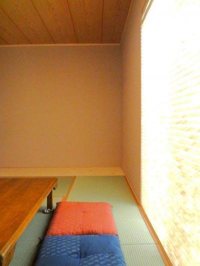 和室 (ダブルの断熱で1年中快適な住まい)