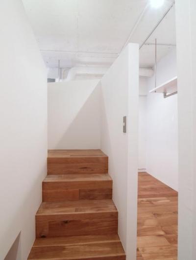 寝室 (DIP-箱の中に箱がある47m²のワンルーム)