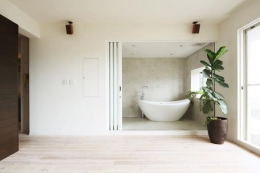 SWITCH -宝塚のマンションリンベーション- (リビングと一体感のあるバスルーム)