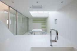 阿倍野の家 (キッチンからリビングの眺め)