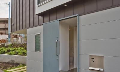 堀ノ内の住宅 (玄関まわり)
