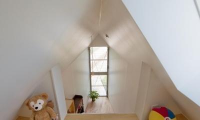 堀ノ内の住宅 (予備室を見下ろす)
