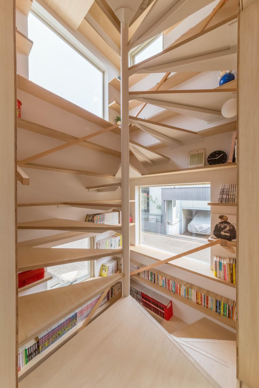 北烏山の住宅 (階段室)