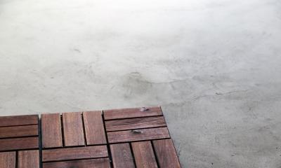合板と土間のガレージ|渋谷区E様邸 鉄骨階段とガレージのある家