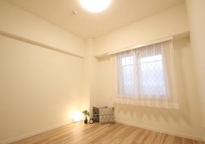 洋室 (安らぎに満ちた空間に住まう)