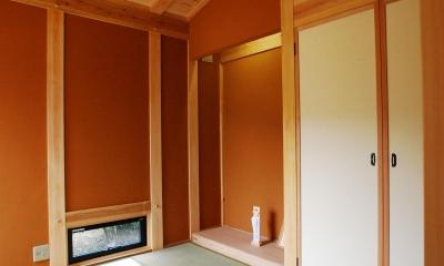 和室|薪ストーブのある平屋建ての家