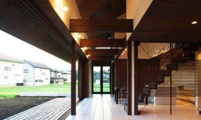 コリドール|YZH 大屋根と高気密