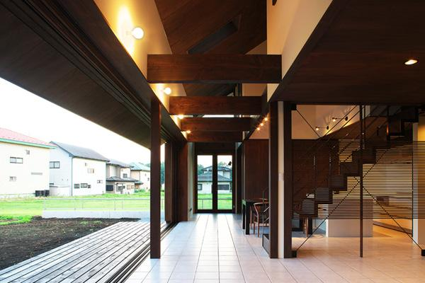YZH 大屋根と高気密の部屋 コリドール