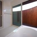 YZH 大屋根と高気密の写真 浴室