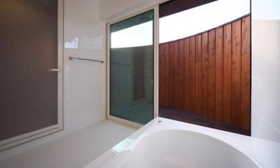 YZH 大屋根と高気密 (浴室)