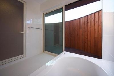 浴室 (YZH 大屋根と高気密)