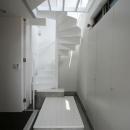 SZH 楔形の都市型住宅の写真 玄関ホール