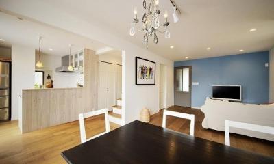 実家を完全分離の二世帯住宅に。デザインにもこだわった理想のすまい。
