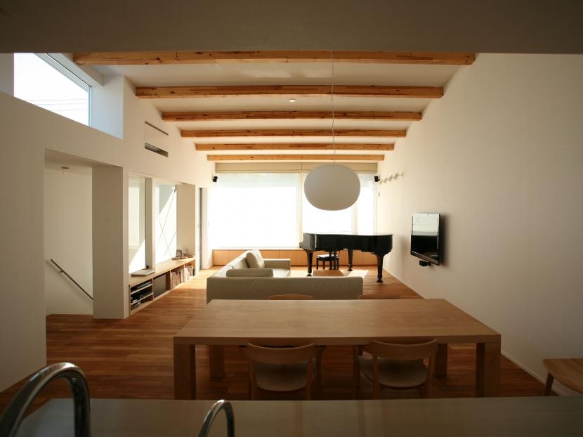 鎌倉T邸 -南北への眺望が得られる2階オープンLDK- (鎌倉T邸01)