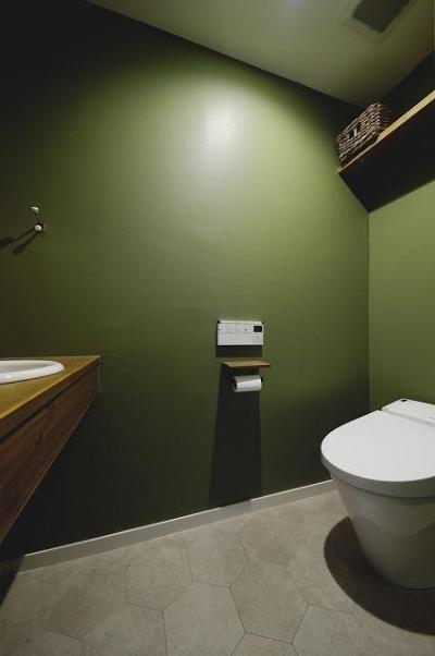 トイレ (実家を完全分離の二世帯住宅に。デザインにもこだわった理想のすまい。)