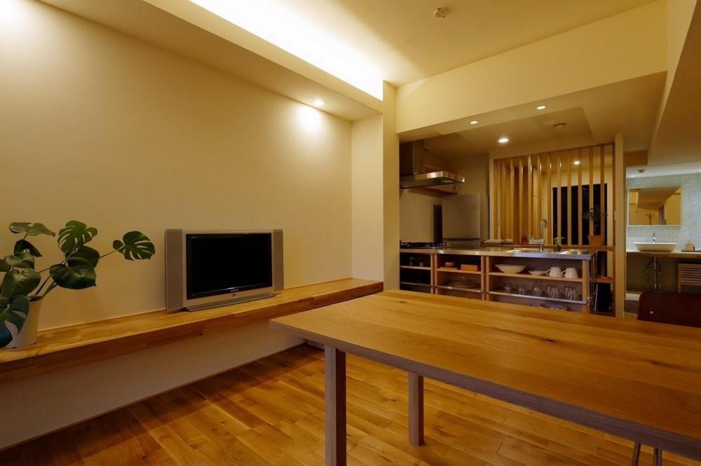 無垢材と左官壁のシンプル空間(浦和区のリノベーション) (ダイニング1)