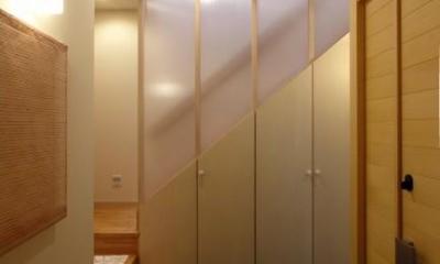 犬山の家 (石畳の玄関)