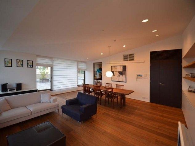建築家:遠藤誠「岡本N邸 -シンプル&ラグジュアリーのハーフリフォーム-」